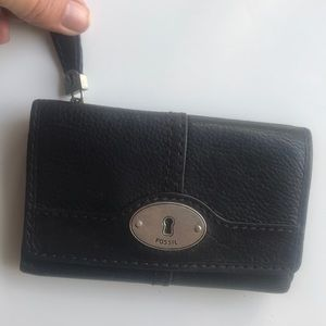Fossil small leather wallet unisex used a few time